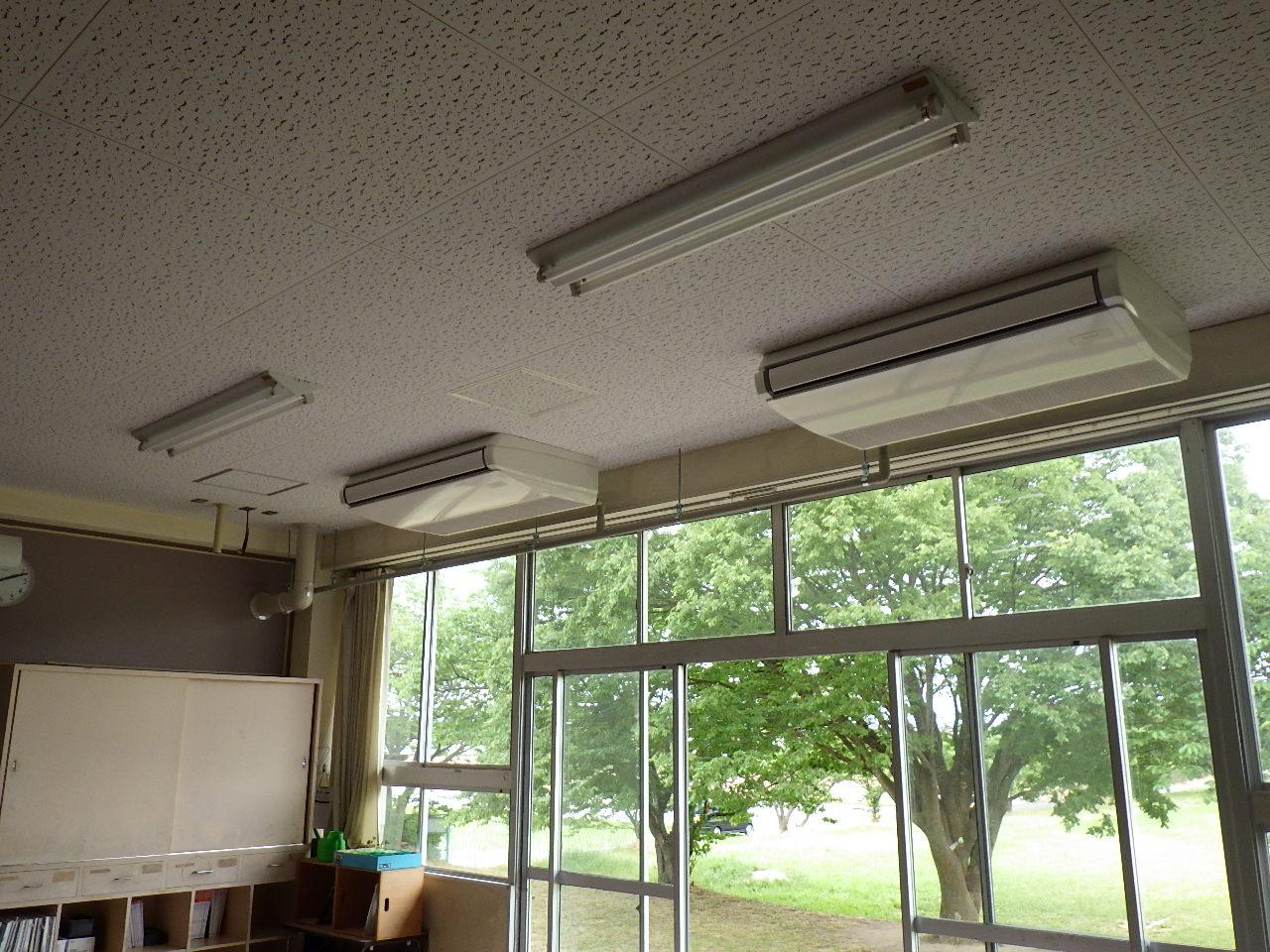 さくら小学校外3校普通教室エアコン設置機械設備工事